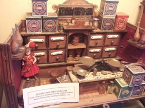 1319139174_pollocks-toy-museum2[1]