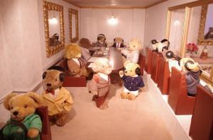 mishki-teddy-muzey-igrushek-Yaponiya-Nagano-29-300x198