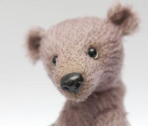 mishki-teddy-master-class-nos-iz-plastiki-dlya-mishki-teddy-1-300x255