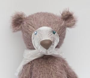 mishki-teddy-master-class-nos-iz-plastiki-dlya-mishki-teddy-3-300x260